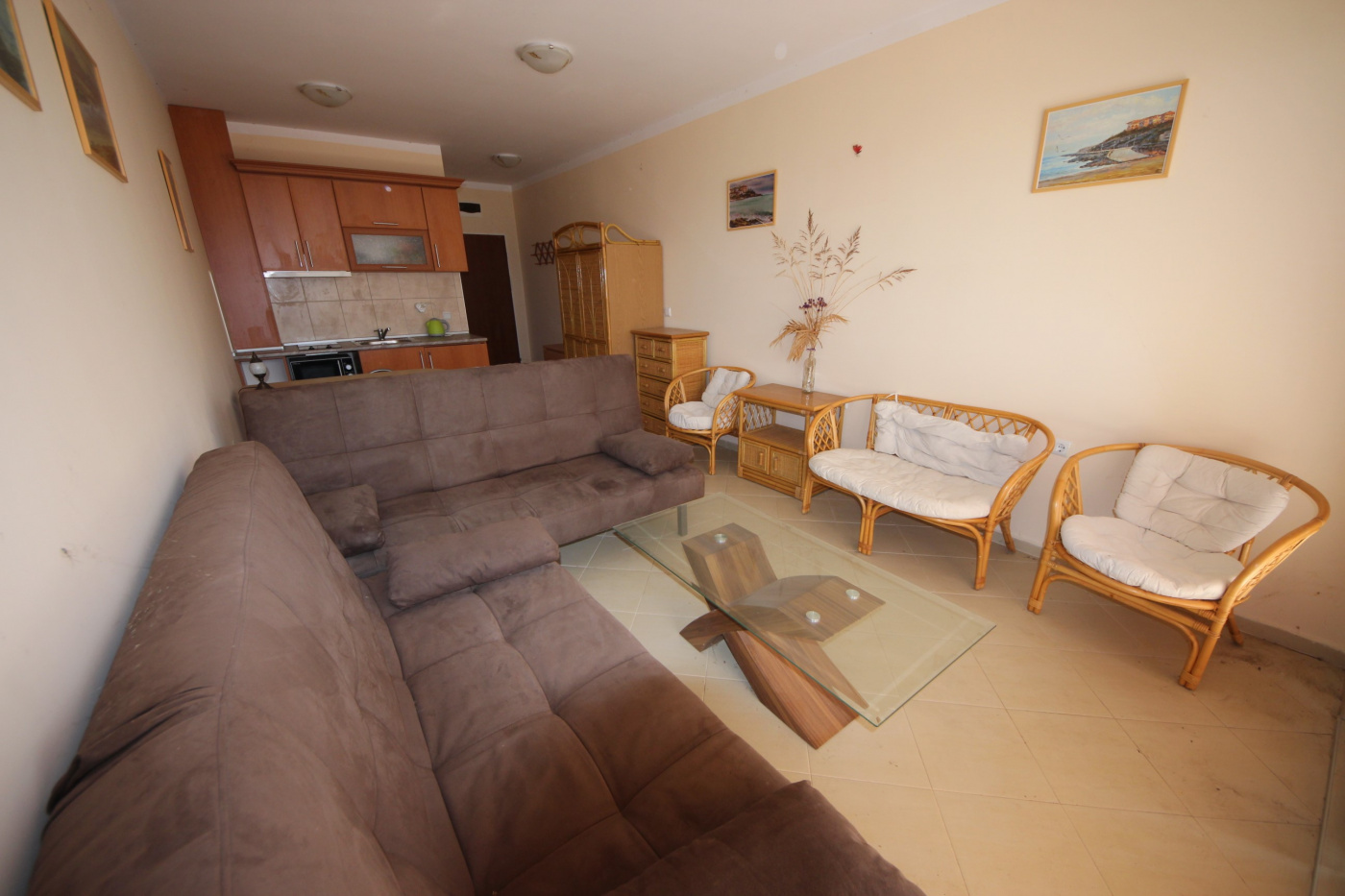 MM Complex apartment 8