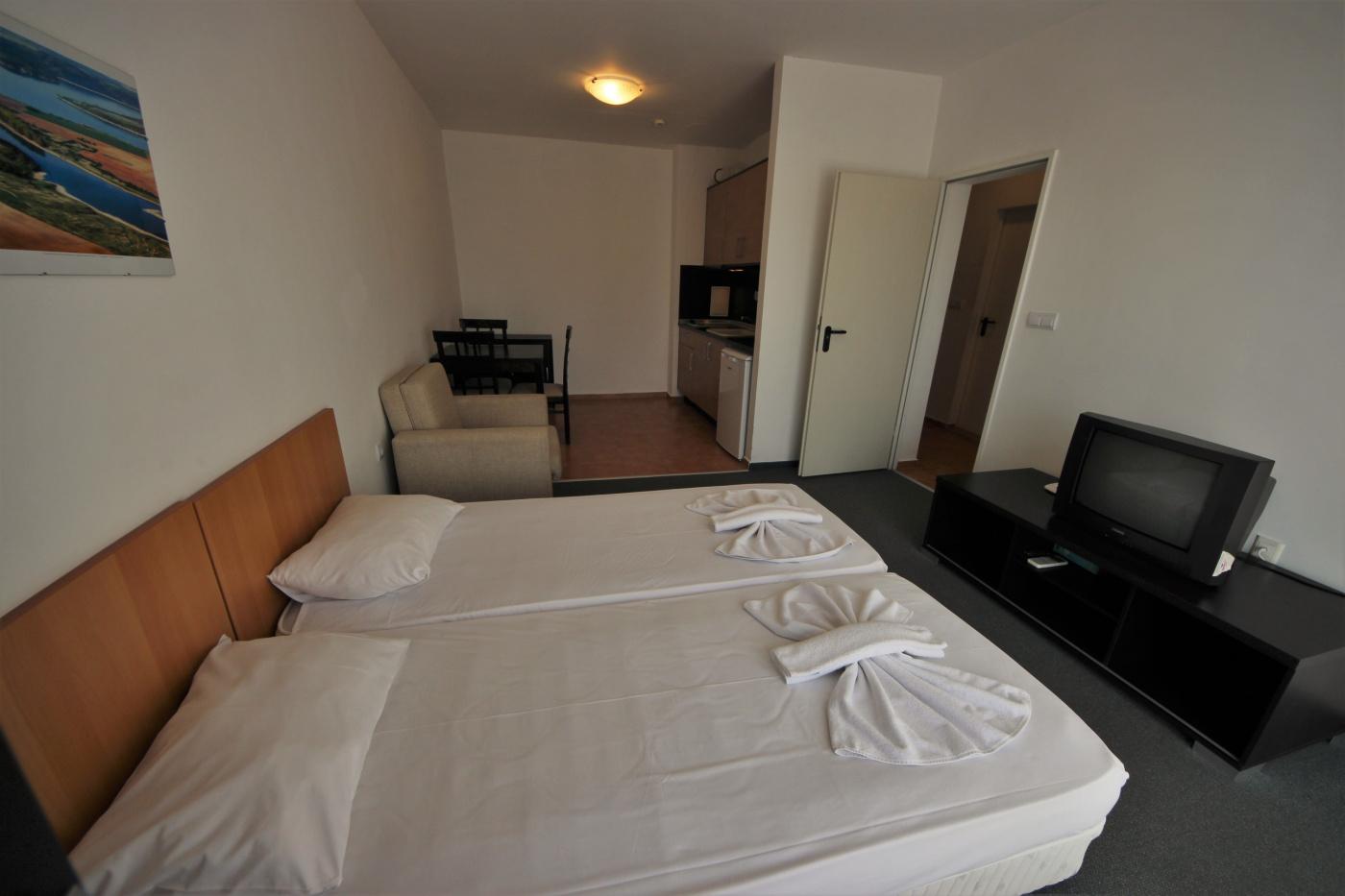 Marina Cape apartment 32_109